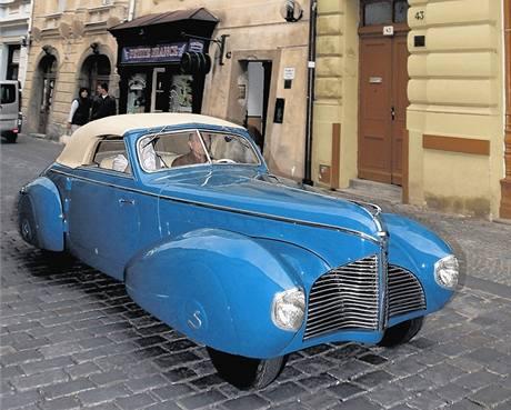 Automobil s karoserií od Sodomky