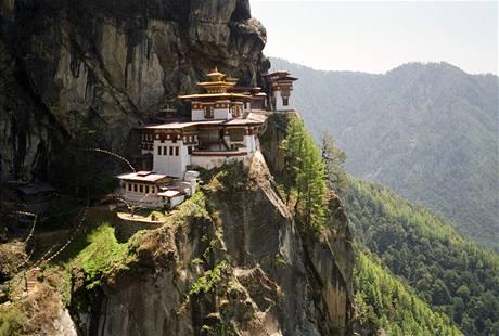 Klášter Taktsang nebo také Tygří hnízdo v Bhútánu