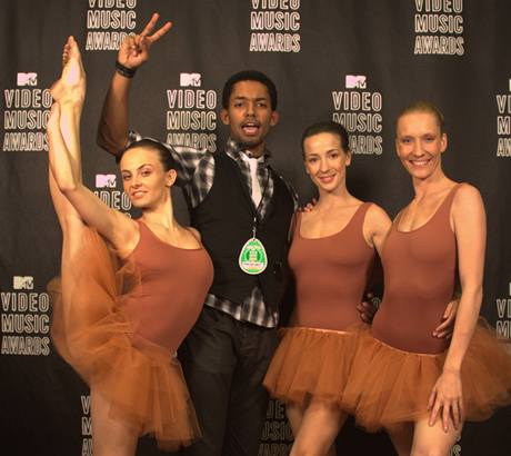 Tanečník Yemi na cenách MTV