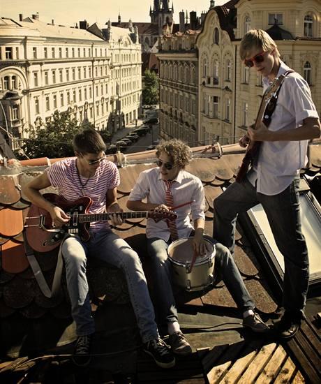 Jonáš Ledecký s kapelou Ray Band