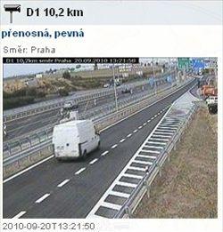 Záběr kamery Ředitelství silnic a dálnic z 10,2 kilometru dálnice D1