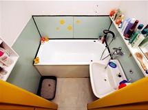 Do původní koupelny se nevešla ani pračka