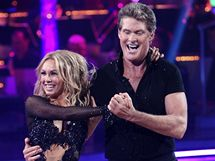 David Hasselhoff v prvn�m kole sout�e Dancing with the Stars tan�il cha-chu