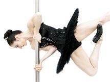 Mistryně světa 2005 v tanci u tyče Elena Gibsonová