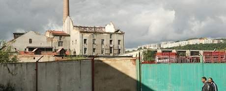 Zchátralá budova bývalé drožďárny v areálu likérky Granette, který se nachází v ústecké čtvrti Krásné Březno. Objekt je léta nevyužívaný.