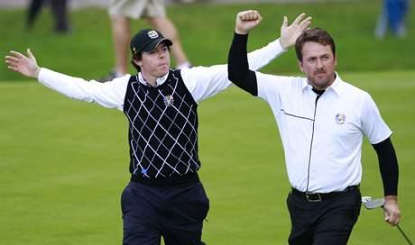 Severoirská dvojice Rory McIlroy a Graeme McDowell konečně vyhrála.