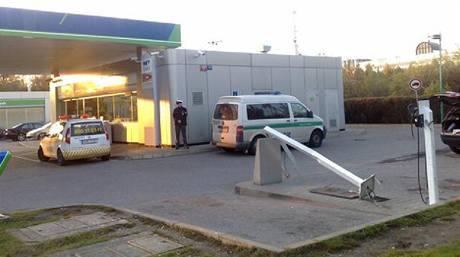 N�sledky nehody Zuzany Paroubkov� na �erpac� stanici