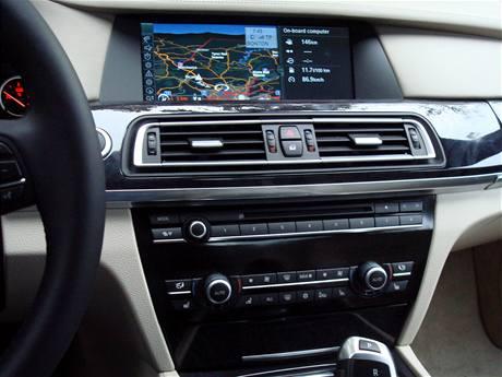Vestavěná navigace BMW Professional