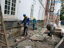 Zámek Herálec na Havlíčkobrodsku přestavuje soukromý investor na luxusní petihvězdičkový hotel.