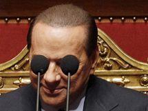 Silvio Berlusconi v italském senátu (30. září 2010)