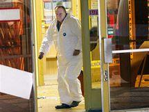 Kriminalisté vyšetřují přepadení směnárny v obchodním domu Prior v Krnově. (30. září 2010)
