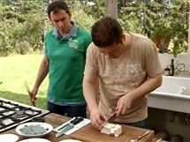 Do polévky misoširu patří i tužší tofu, které nakrájíte na kostičky