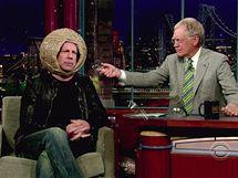 Bruce Willis v Show Davida Lettermana ve vlastnoručně vyrobené ochranné přilbě z gumiček