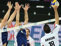 Němec Grozer se snaží vyzrát na český dvojblok.