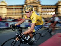 Lance Armstrong v Praze 2004