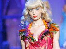 Přehlídka Dior jaro-léto 2011
