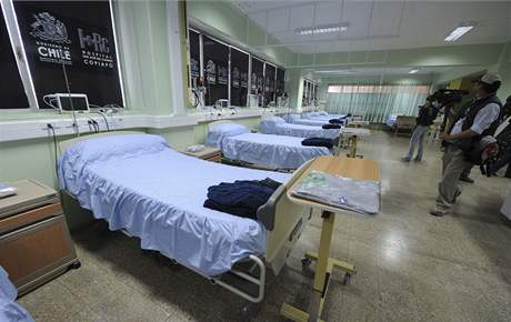 Nemocnice v Copiapu čeká na příjezd prvních osobozených horníků