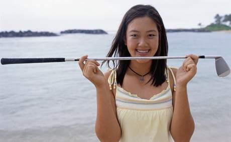 Čtrnáctiletá Michelle Wieová - dívka s rovnátky v roce 2003 vstoupila do profesionálního golfu.