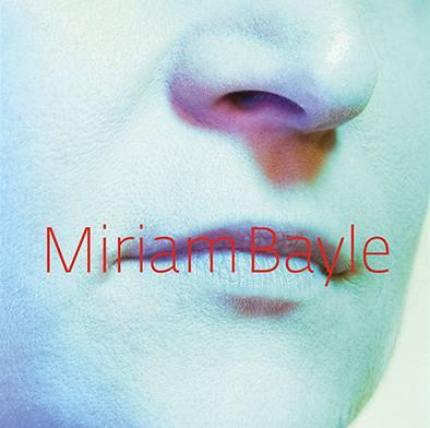 Obal alba zpěvačky Miriam Bayle