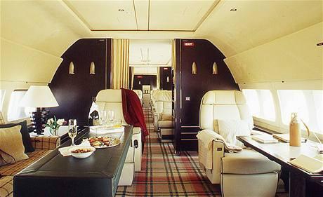 Interiér letadla Boeing 737 BBJ.