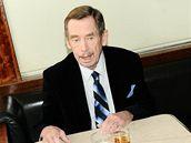 Václav Havel v kavárně Slavii