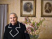 Učitelka a kronikářka Jarmila Nohavičková. Její rodina byla vystěhována ze statku, do konce 50. let nesměla učit.