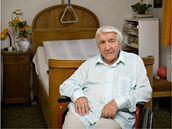 Dělník a zemědělec Jan Krumpholc. Jeho rodina podporovala a schovávala zajatce a partyzány, po roce 1948 se zapojil i do protikomunistického odboje, za což byl odsouzen na 15 let v Jáchymově.