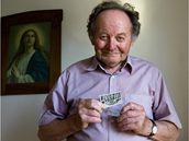 Zemědělec Radoslav Faltýnek. Jeho rodiče se za války zapojili do odboje, po prozrazení byli popraveni. On sám přežil věznění v Buchenwaldu, v 50. letech donucen vstoupit do JZD.