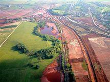 Následky ekologické katastrofy v Maďarsku (13. října 2010)