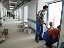 V Pelhřimově finišuje přestavba hlavní budovy nemocnice, otevřena bude 25. listopadu.