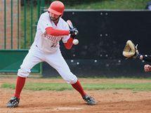 Finále baseballové extraligy opět ovládli AVG Draci Brno, na snímku Trevor Caughey v bílém, hráč Techniky.