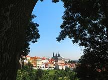 Jasan ve Strahovské zahradě – pohled na Pražský hrad