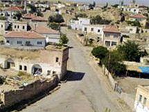 Turecká vesnice Tuzköy.