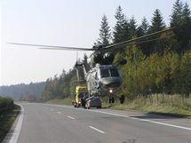 Vrtulník zasahoval u nehody na dálnici D5.