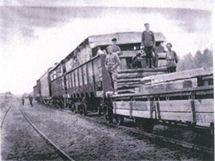 Plošinový vagon vlaku československých legionářů.