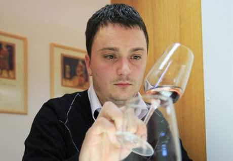 Degustace a výběr Svatomartinských vín ve Valticích