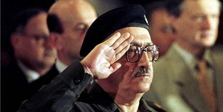 Tárik Azíz na archivním snímku z 2. prosince 1998