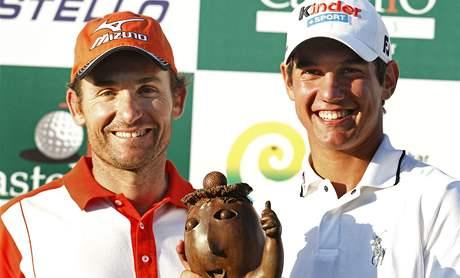 Ignacio Garrido (vlevo) a Matteo Manassero, druhý a první na Castelló Masters 2010.