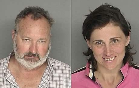 Randy Quaid a jeho manželka Evi na policejních snímcích