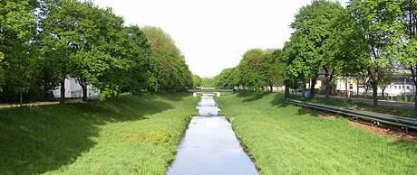 Žitavou protéká říčka Mandava.