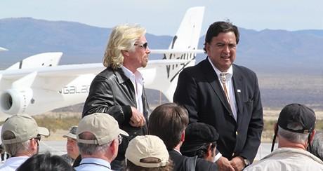 Zájem o lety do vesmíru je veliký, tvrdí Richard Branson.