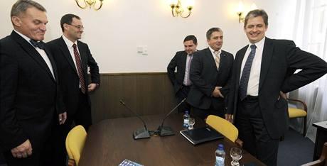 Zástupci ODS a ČSSD se sešli k jednání o možné koalici v Praze.