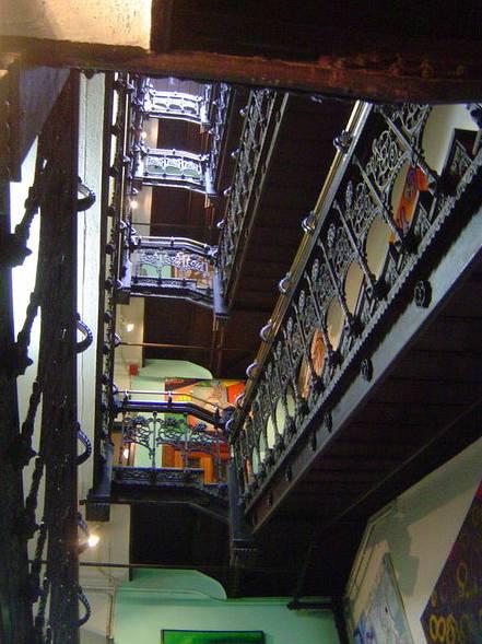 Slavné schodiště je původní