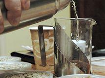 Káva ve french pressu