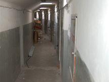 Malinké cely zůstaly v budově od dob gestapa.