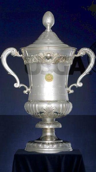 Eisenhower Trophy, pohár pro vítěze mistrovství světa amatérských týmů.