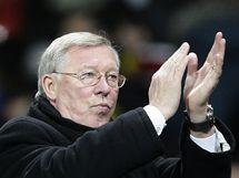 FANOUŠCI, DÍKY! Sir Alex Ferguson, kouč Manchesteru United, zdraví diváky.