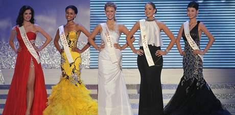 Pět nejlepších finalistek Miss World - Miss Venezuela, Miss Botswana, Miss Amerika, Miss Irsko a Miss Čína