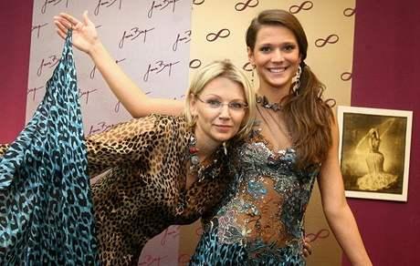Česká Miss Vitalita 2010 Carmen Justová a návrhářka Jana Berg