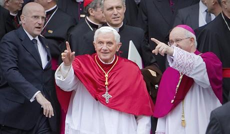Papež vyzval k návratu ke křesťanským kořenům.